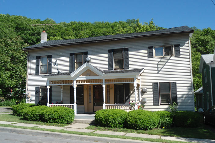 1835 House Hammondsport Lodging